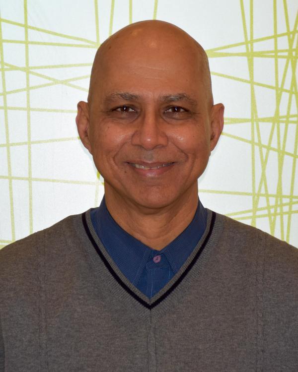 Murli Purswani, M.D., Pediatrician